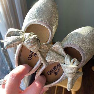 OshKosh Bgosh Holiday shoes